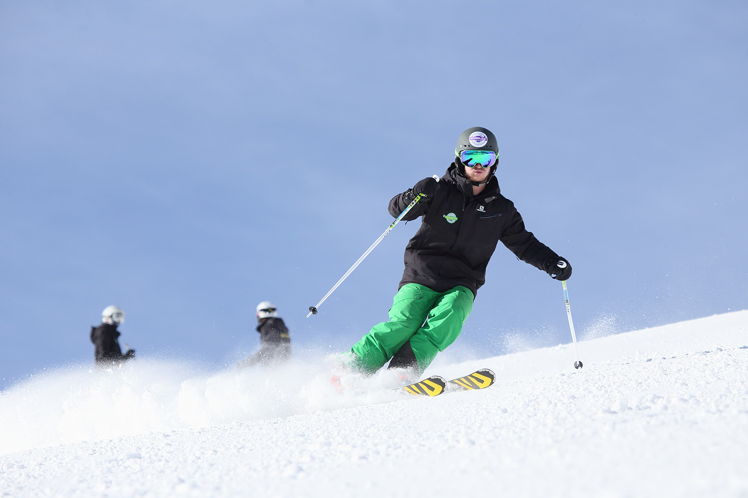 Snoworks GAP Course trainee skiing